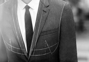Ordinare un abito da uomo su misura: la mini-guida