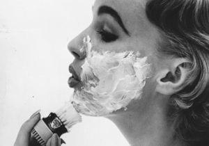 La tendenza: la rasatura per la donna