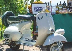 Food Tour in Vespa a Verona, Napoli e nel Chianti