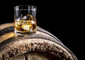 Degustare un whisky scozzese: 5 consigli per farlo bene