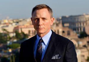 James Bond: 13 prodotti uomo da avere
