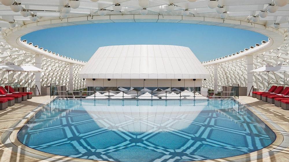 abu-dhabi-yas--viceroy-hotel-piscina