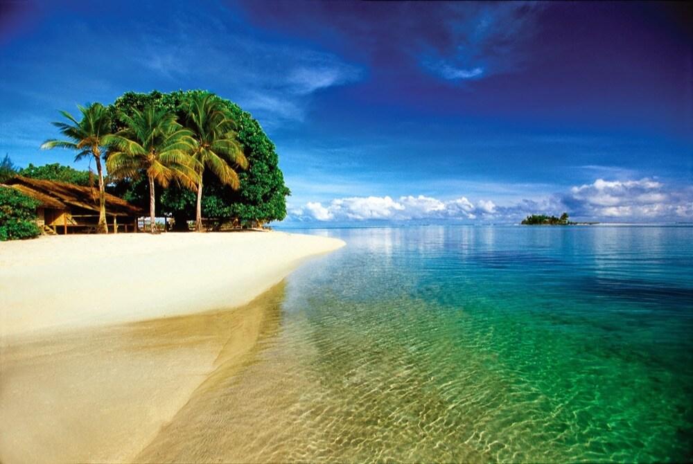 island near-new-ireland-Papua-New-Guinea