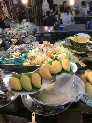 Thailandia-Paolo-Griffa-Chatuchak-Market-mango-sticky-rice