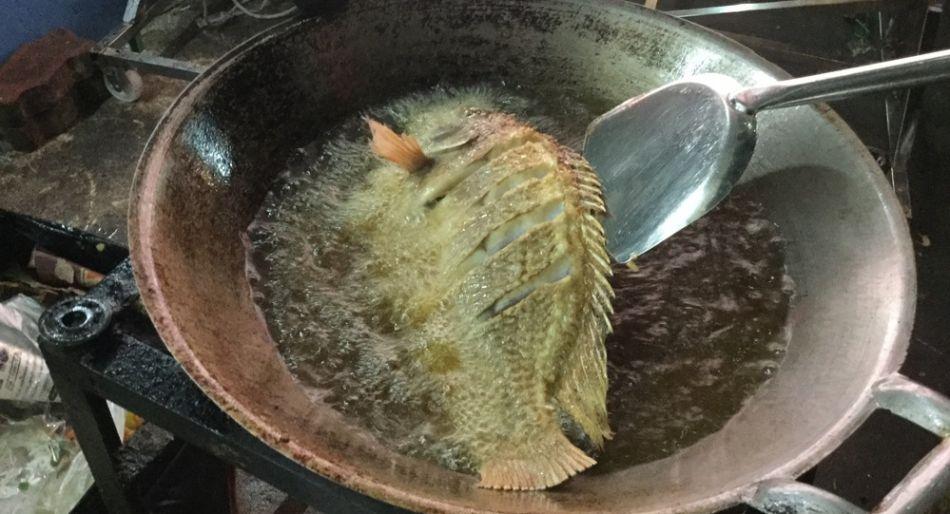 Silom Market pesce fritto