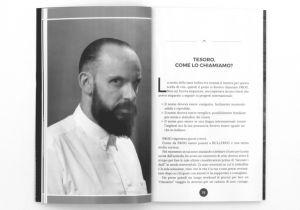 Tendenza barba e capelli in un libro