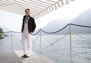 Tendenza navy: lo stile marinaro nella moda uomo 2016