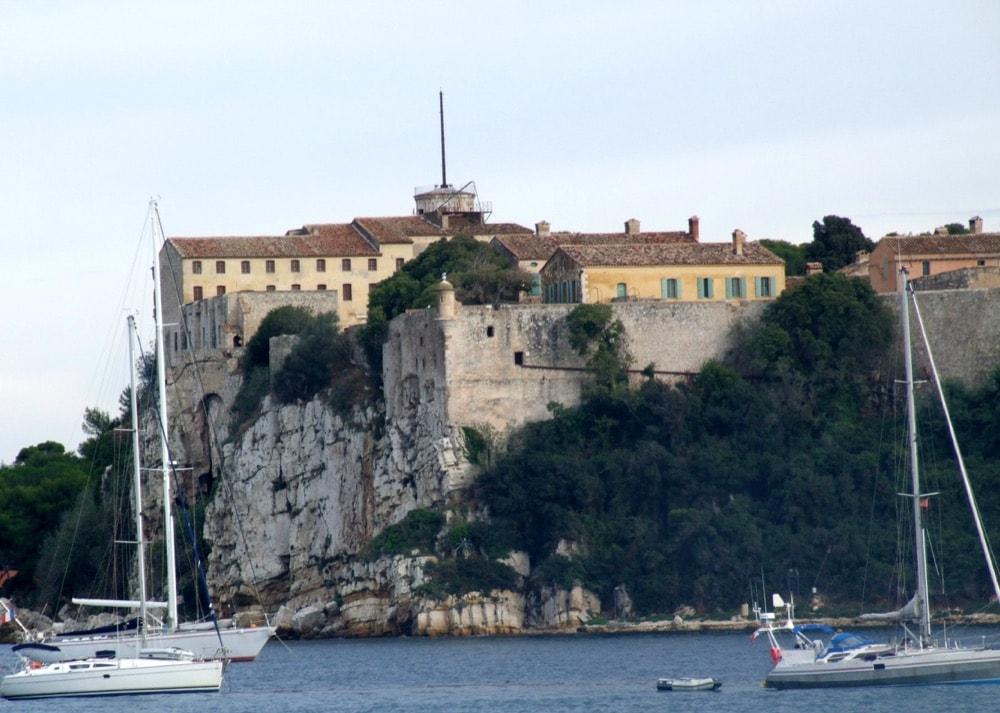 Sainte-Marguerite Fort royal