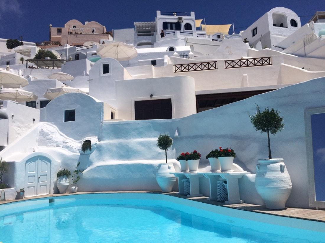 sun-rocks-hotel-santorini
