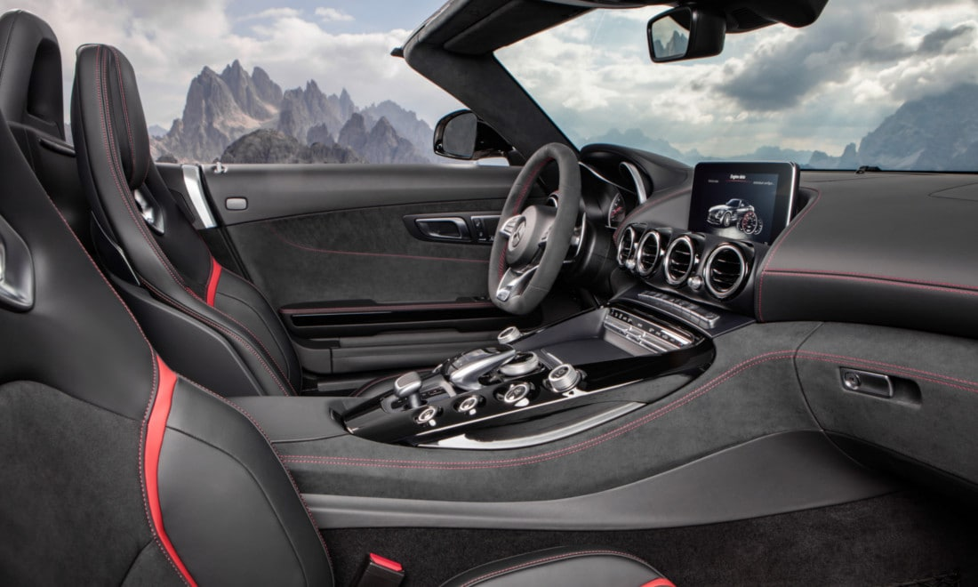 Mercedes-AMG-GT-C-Roadster-interni