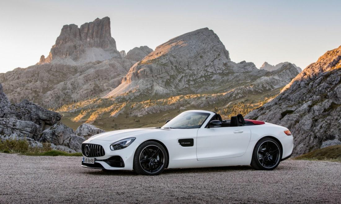 Mercedes-AMG-GT-Roadster-1
