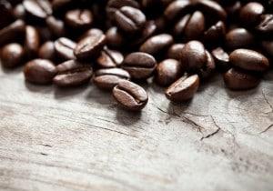 Tendenza caffè: nove profumi uomo per l'autunno