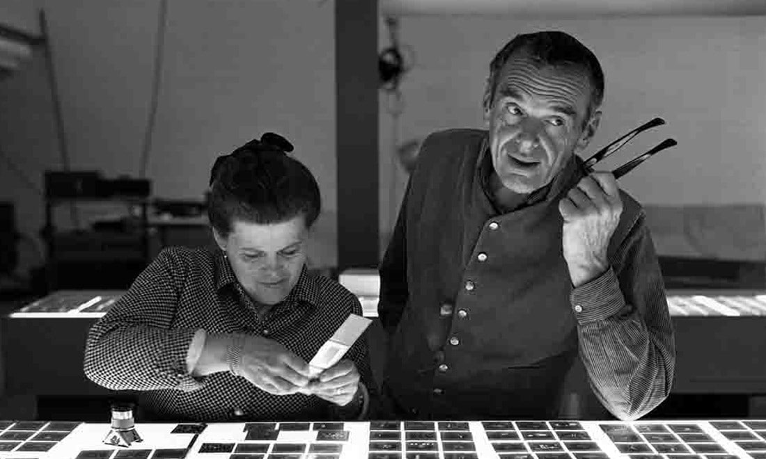 The-World-of-Charles-and-Ray-Eames-Charles-and-Ray-Eames-selecting-slides