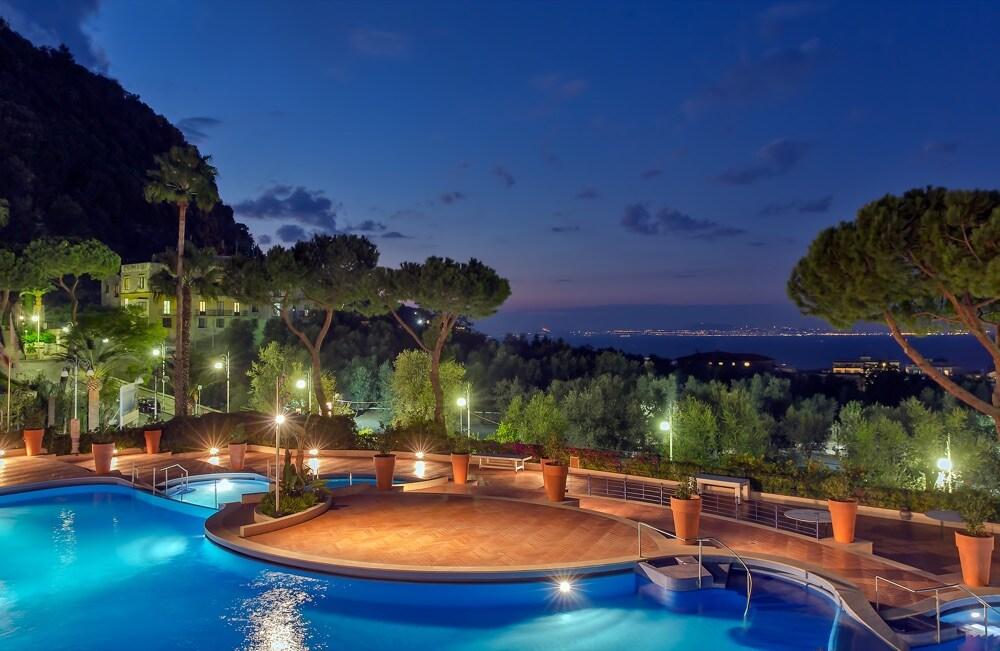 Z Piscine esterne Hotel Sorrento Palace