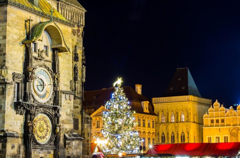 Città Vecchia con orologio astronomico