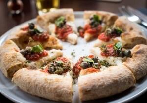 Pizza con i capperi di Berberè