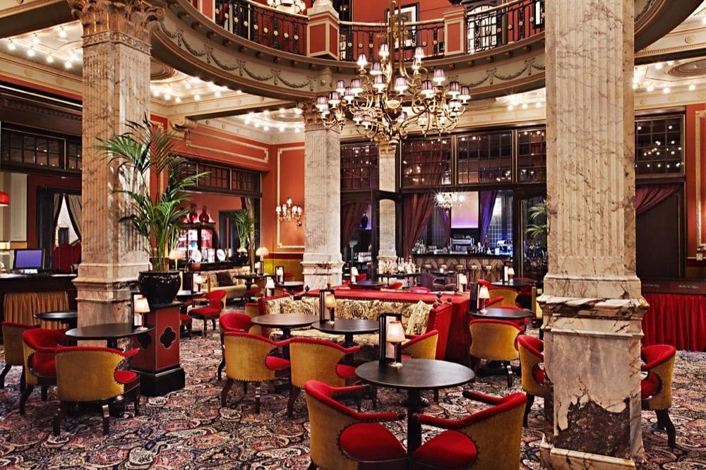 Hotel Des Indes: