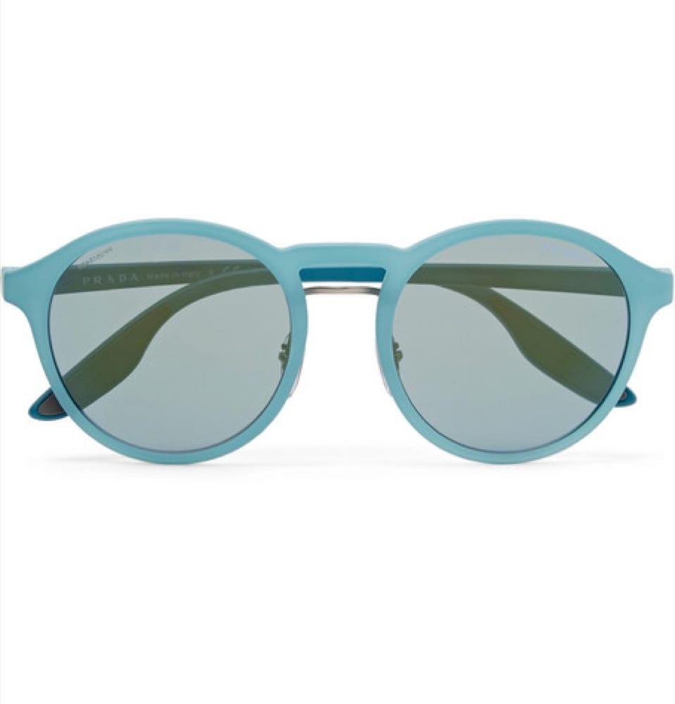 Guida allo stile maschile come scegliere gli occhiali da sole per l 39 inverno icon - Occhiali per truccarsi allo specchio ...