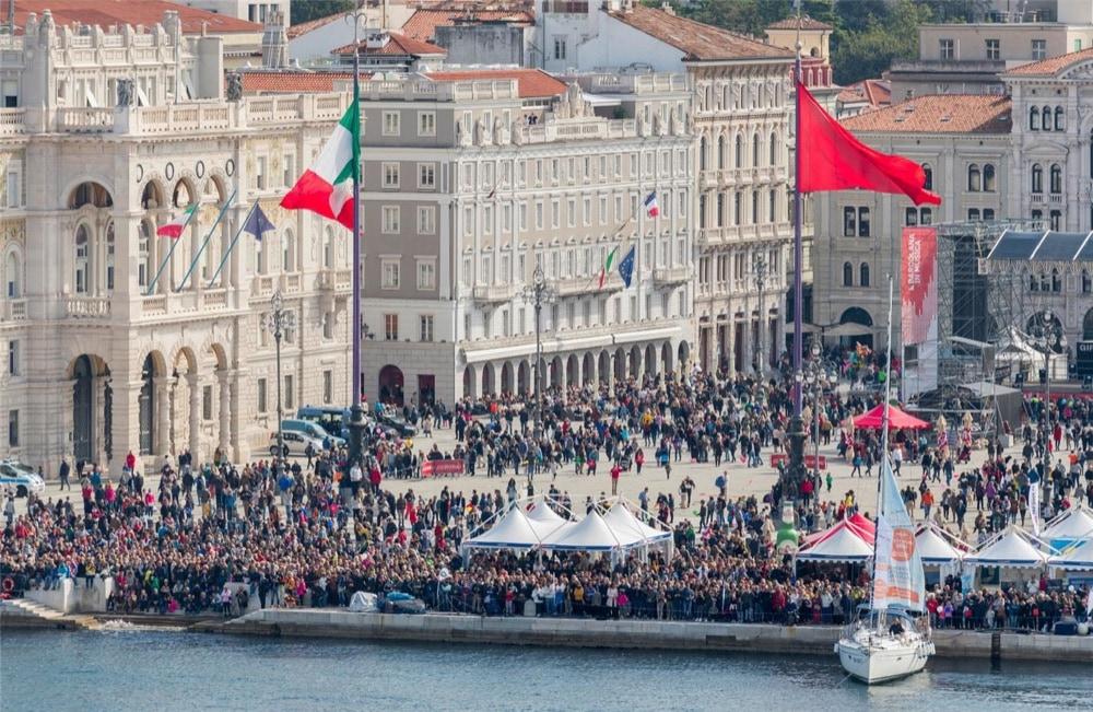 2 Barcolana piazza Unità d'Italia