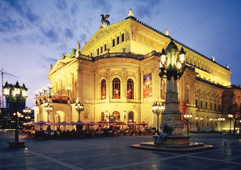 7 Alte Oper