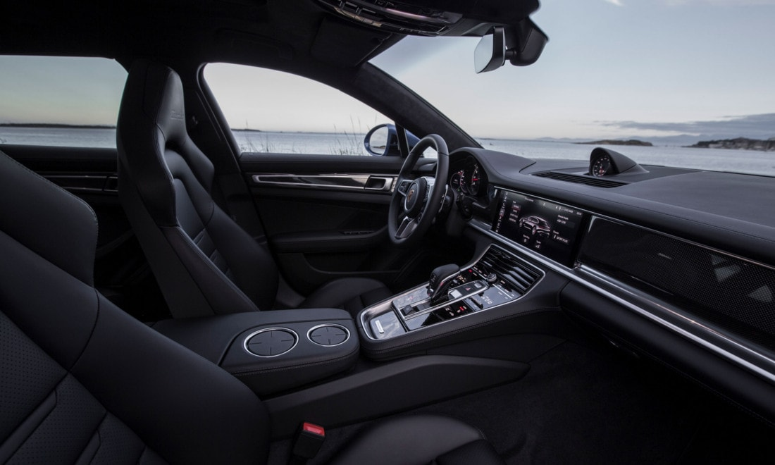 Porsche-Panamera-Turbo-S-E-Hybrid-ST-1
