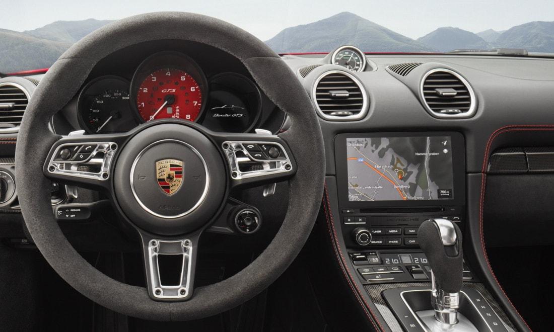 Porsche-718-Boxster-Cayman-GTS-2