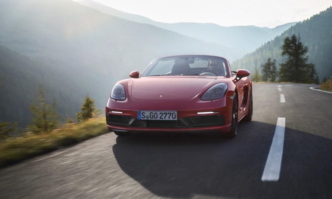 Porsche-718-Boxster-GTS-2