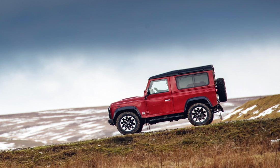 Land-Rover-Defender-Works-V8-3