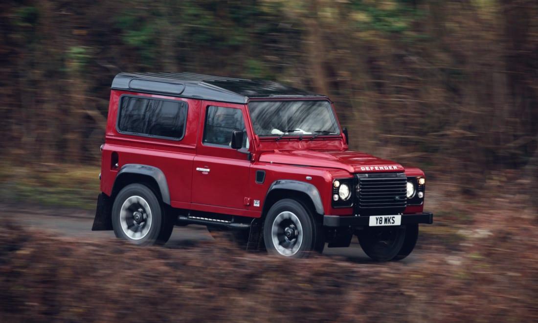 Land-Rover-Defender-Works-V8-4