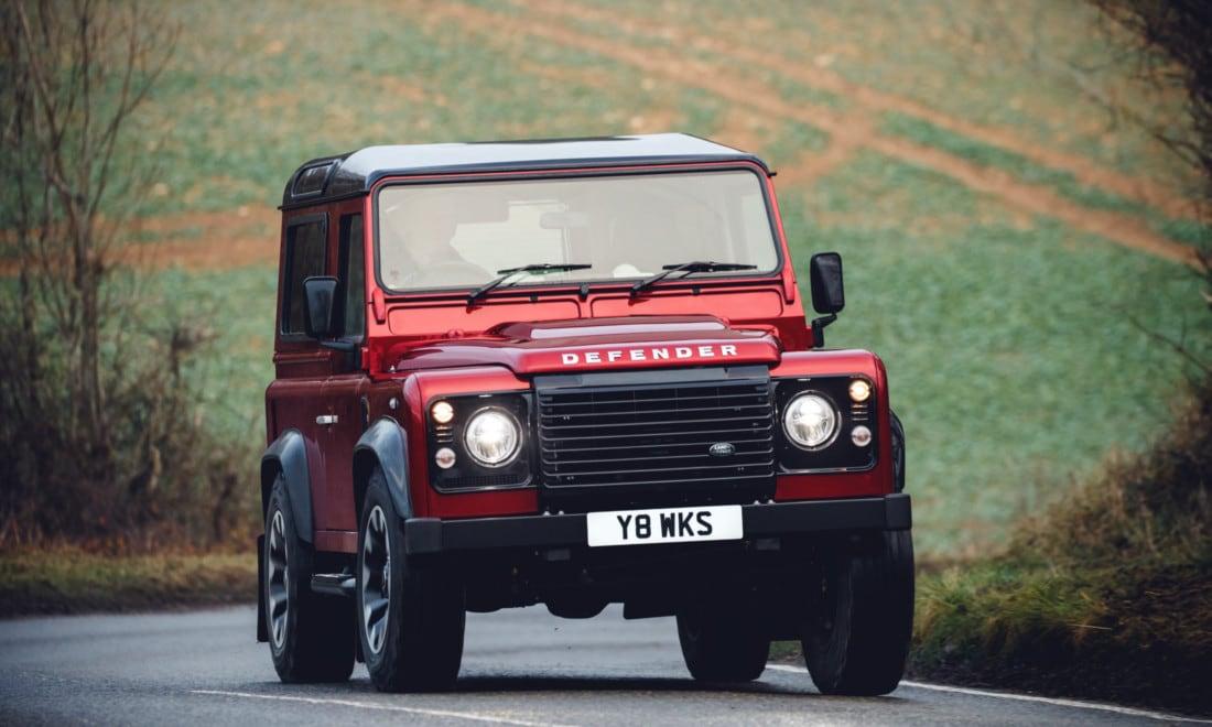 Land-Rover-Defender-Works-V8-5