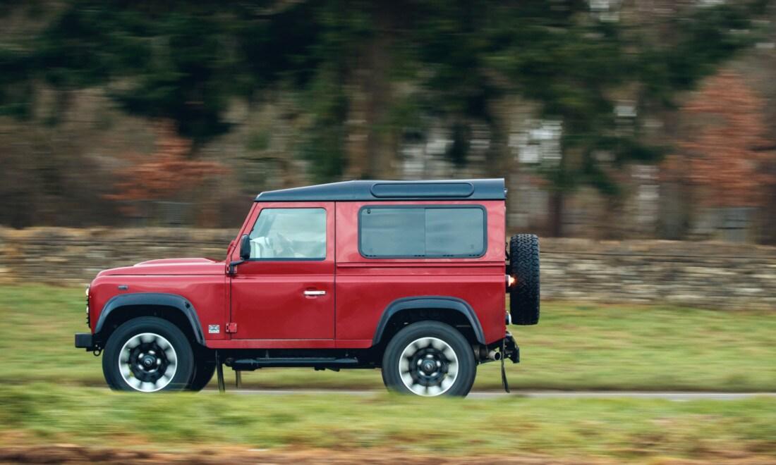 Land-Rover-Defender-Works-V8-6