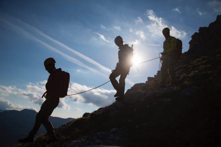 2 Trekking