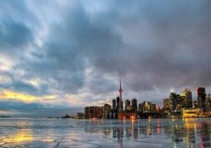 Toronto: festival delle luci e salone automobilistico