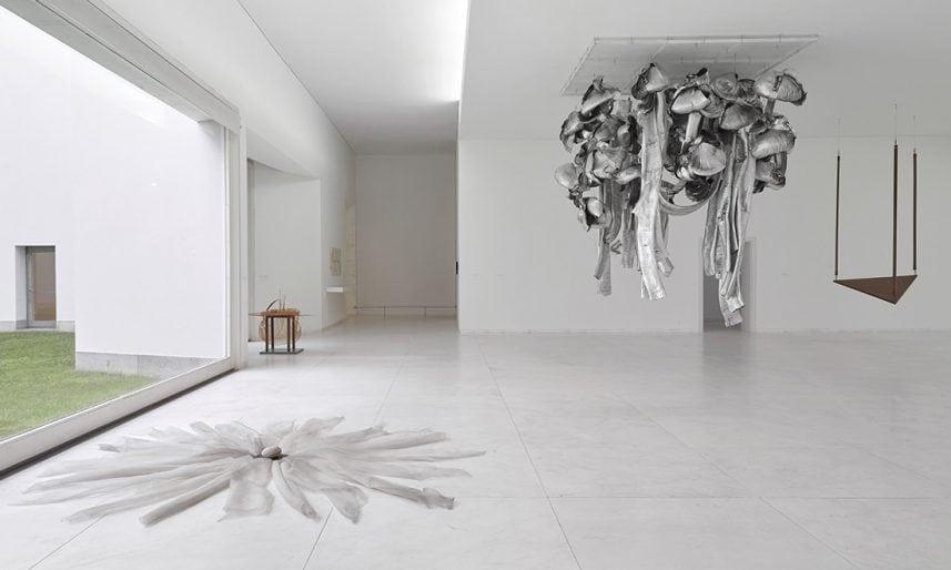 Marisa-Merz-Installation-view