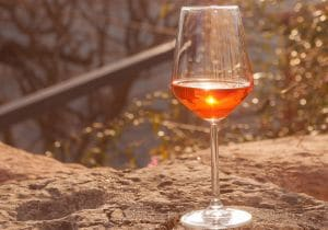 Orange wine, cosa sono e quali sono i migliori