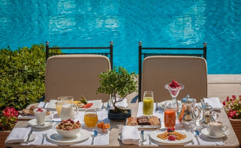 Breakfast-by-the-pool
