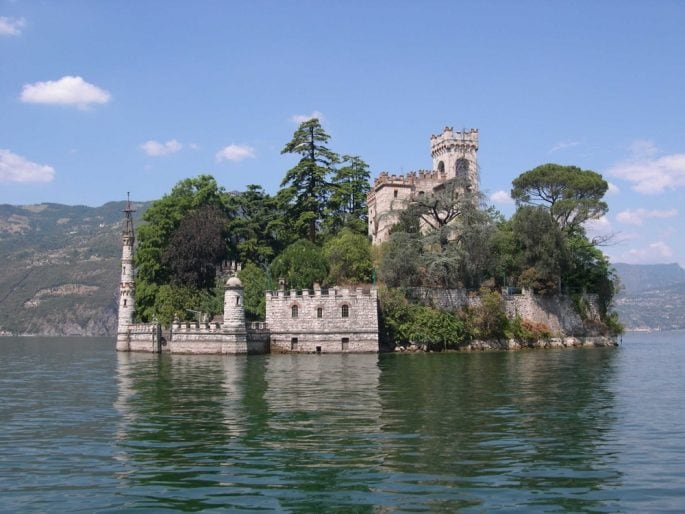 9 Isola di Loreto
