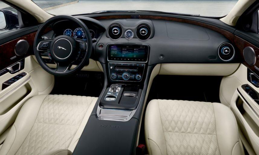 Jaguar-XJ50-5