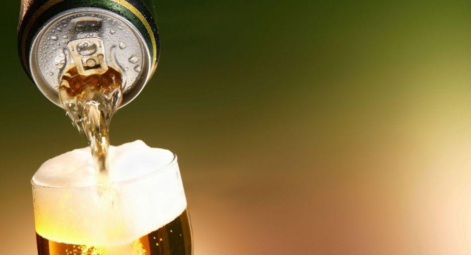birra lattina bottiglia