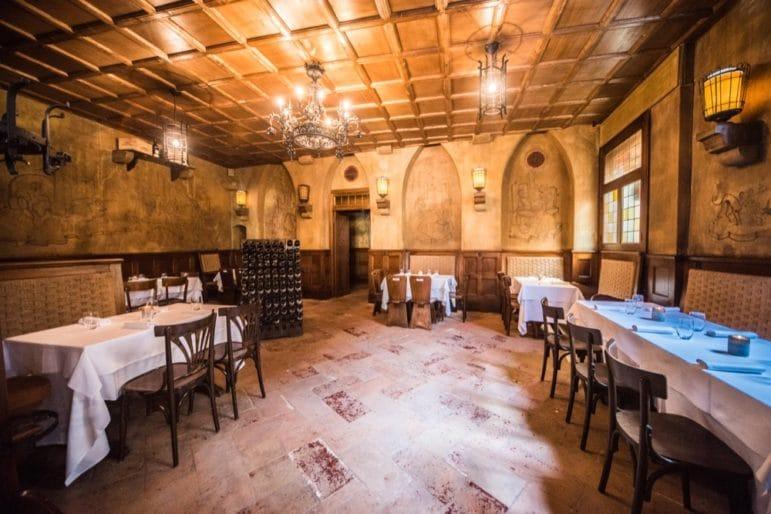 taverna1