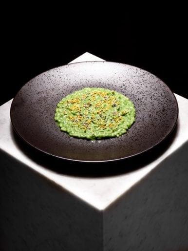 Eugenio Boer - Think Green_risotto all'ortica, polline, lavanda - © Marco Varoli