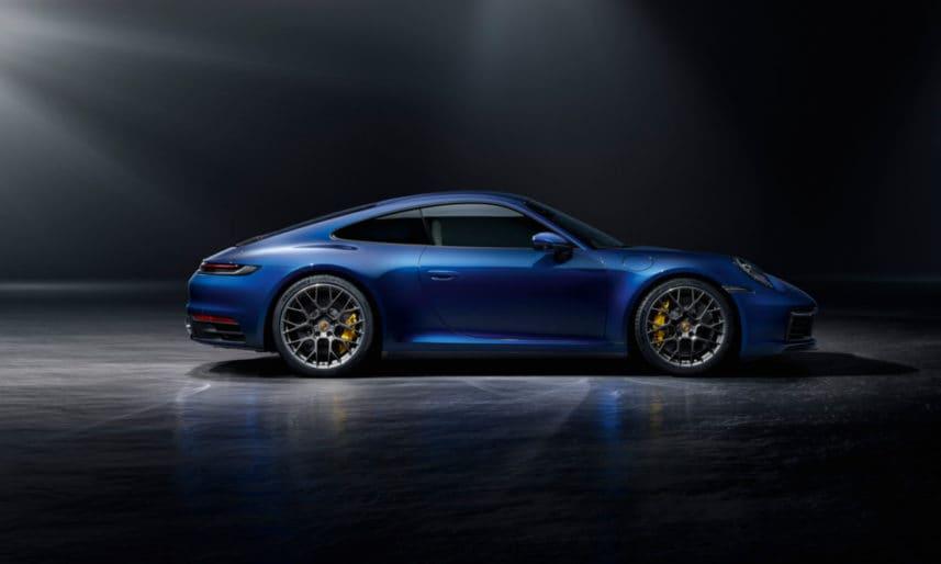 Porsche-911-992-12