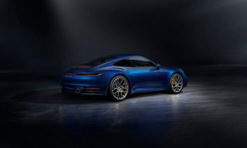 Porsche-911-992-13