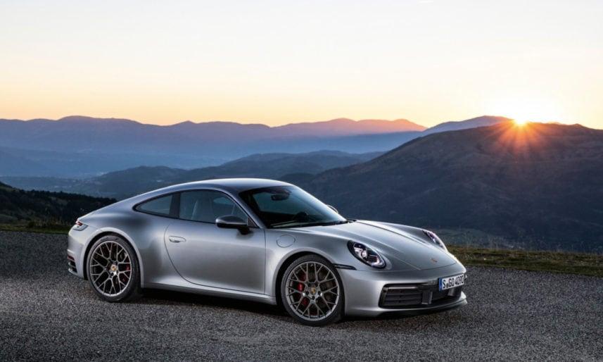 Porsche-911-Serie-992-101