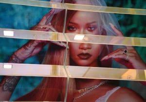 Rihanna, dalla sfilata-performance di lingerie all'intimo creato per San Valentino
