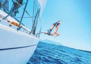 Profumi da uomo: per l'estate ecco i classici marini