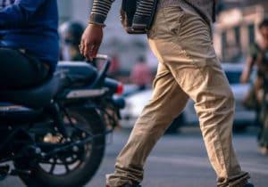 Pantaloni chino: i modelli più versatili della primavera-estate 2019