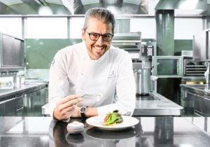 Lo chef Andrea Berton, testimonial per l'eyewear di Safilo