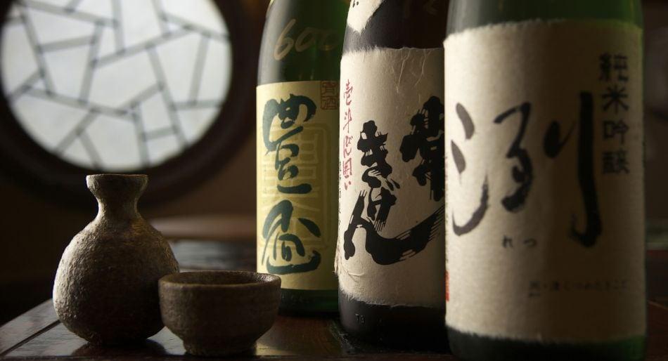 """Sake, guida essenziale al """"vino di riso"""" giapponese"""