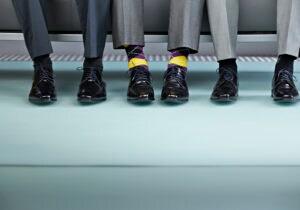 Come abbinare calze e calzini: le regole per non sbagliare
